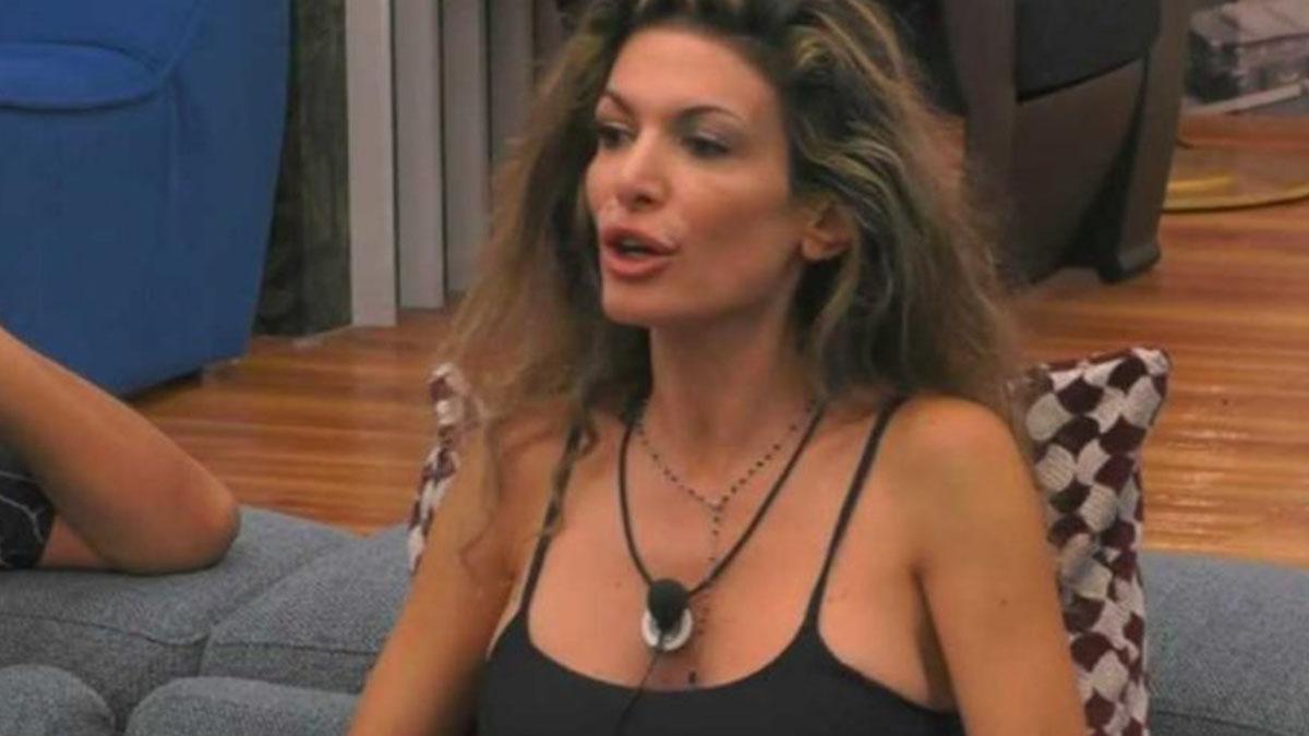 GF Vip, confessione di Maria Monsè: 'Sono stata molestata', reazione shock di un concorrente