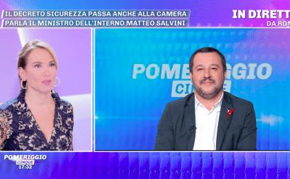 Matteo Salvini a Pomeriggio Cinque: 'Sono single, ora lasciate in pace Elisa Isoardi'