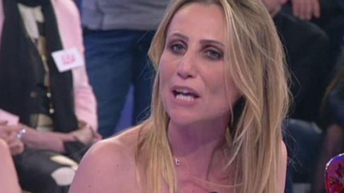 Uomini e Donne, Ursula Bennardo contro Sossio Aruta: 'Se parlo scoppia un macello'