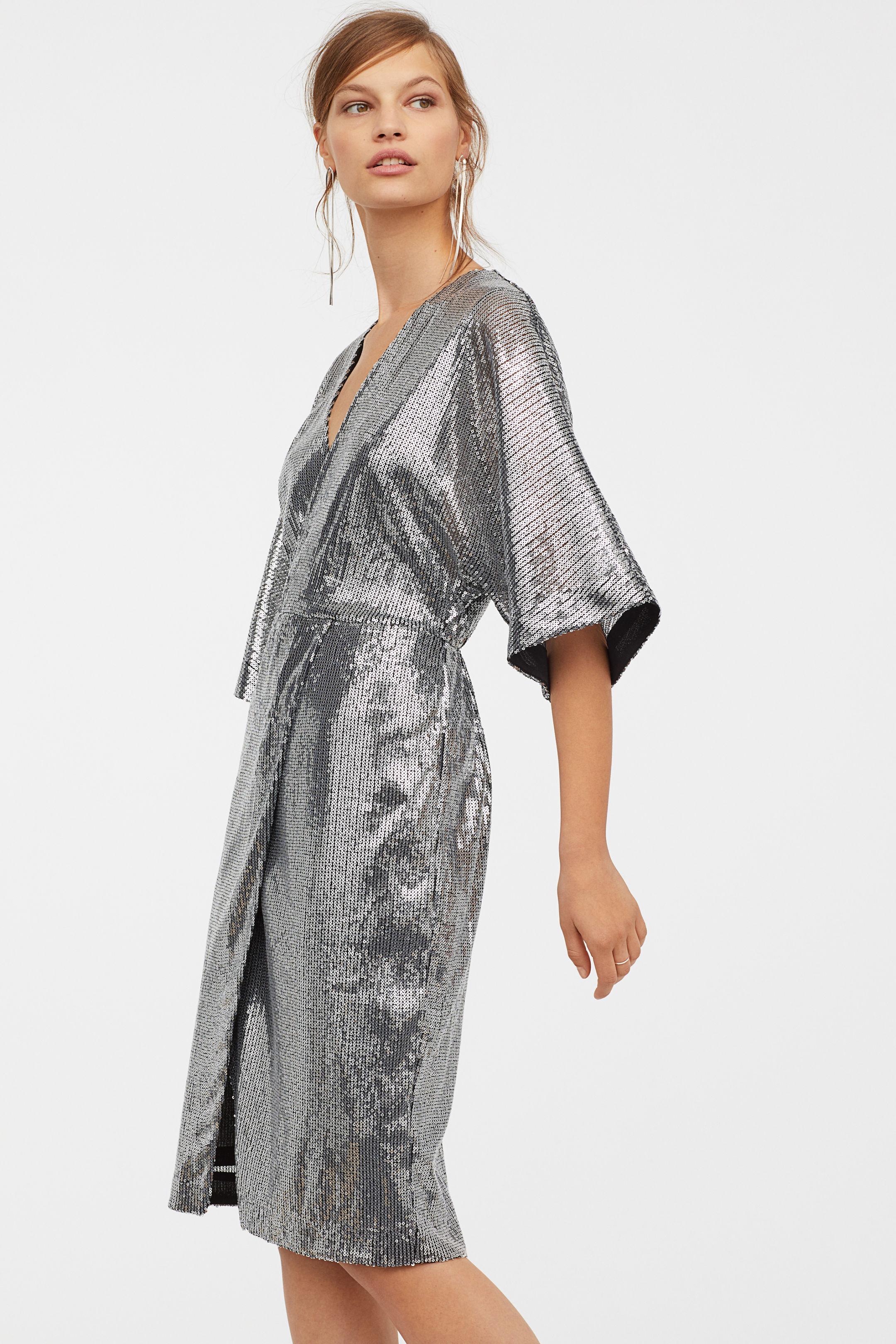 Abito glitter argento H&M a 79,99 euro