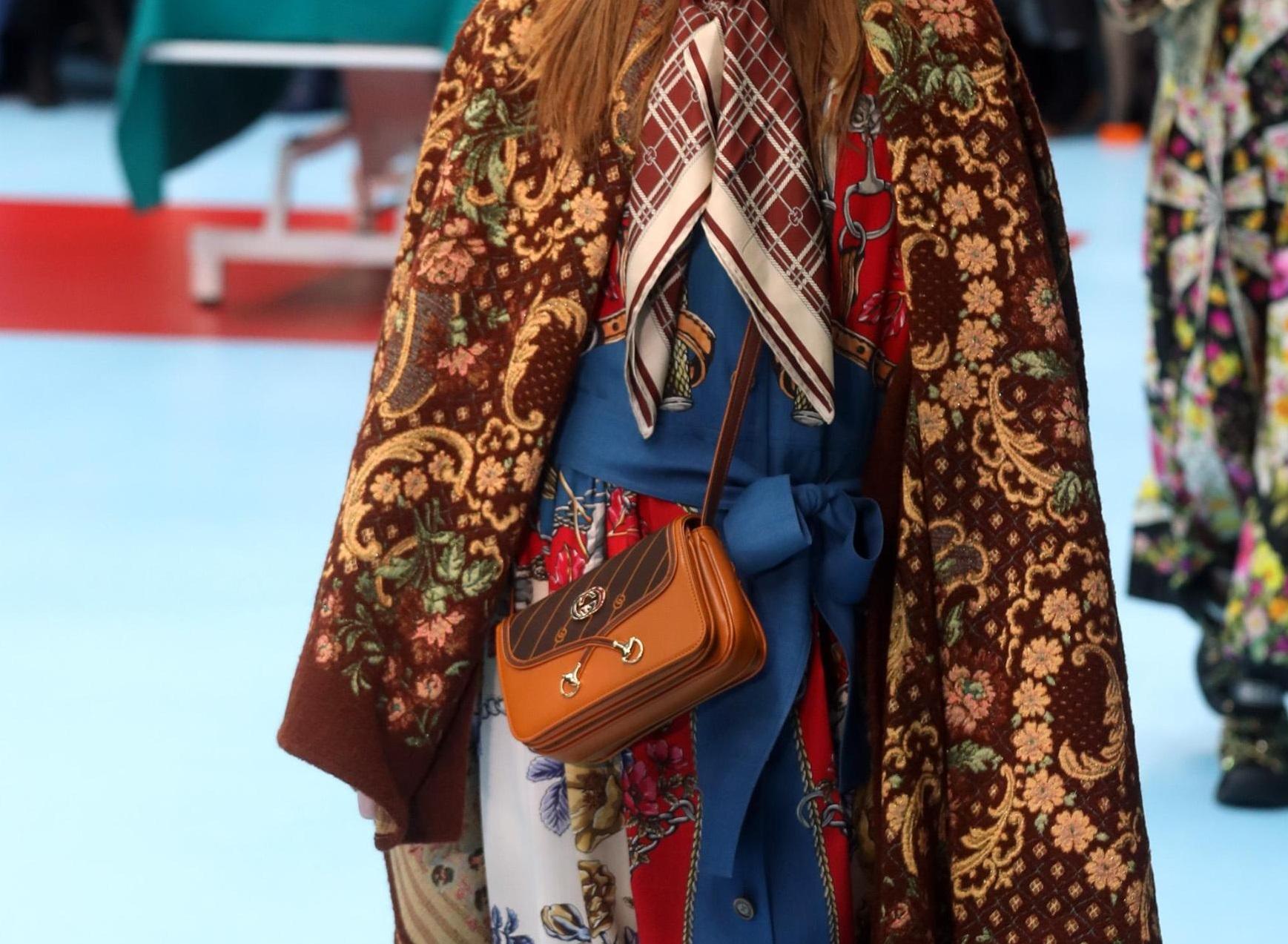 Tracolla in pelle Gucci decorata borse inverno tendenza