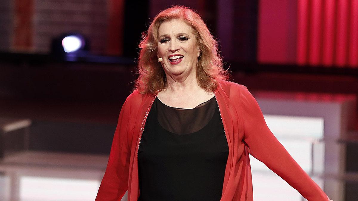 Iva Zanicchi operata d'urgenza: paura per la cantante