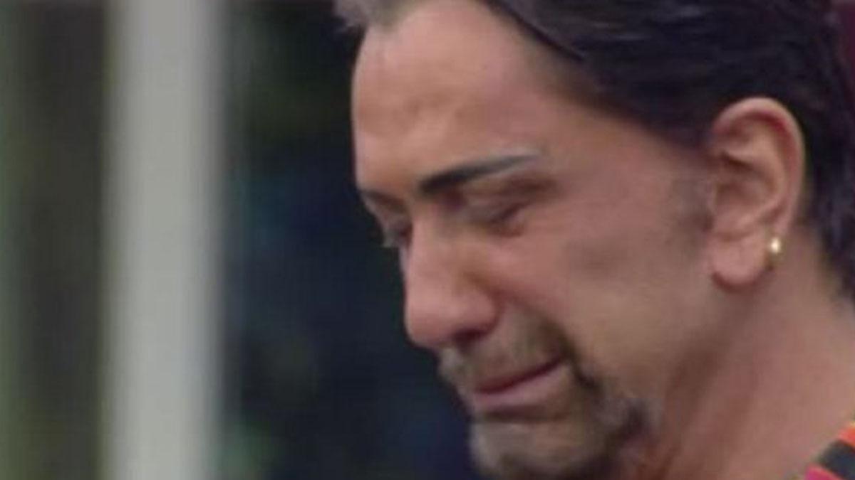 Ivan Cattaneo disperato: 'Il mio compagno mi ha lasciato per una donna'