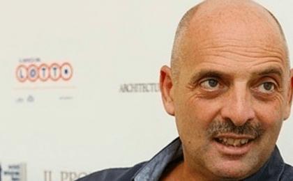 Paolo Brosio ospite a Che tempo che fa distrugge il tavolo di Fabio Fazio