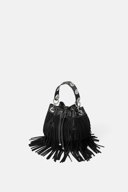 Borsa a secchiello con frange Zara a 49,95 euro