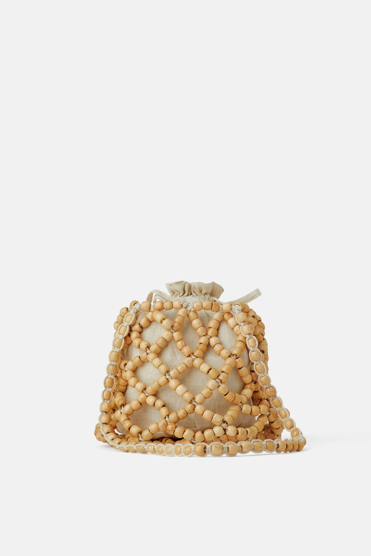 Borsa a secchiello con perline Zara a 39,95 euro