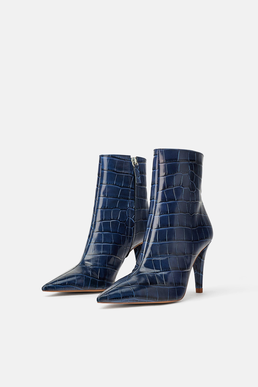 Tronchetti blu Zara a 89,95 euro