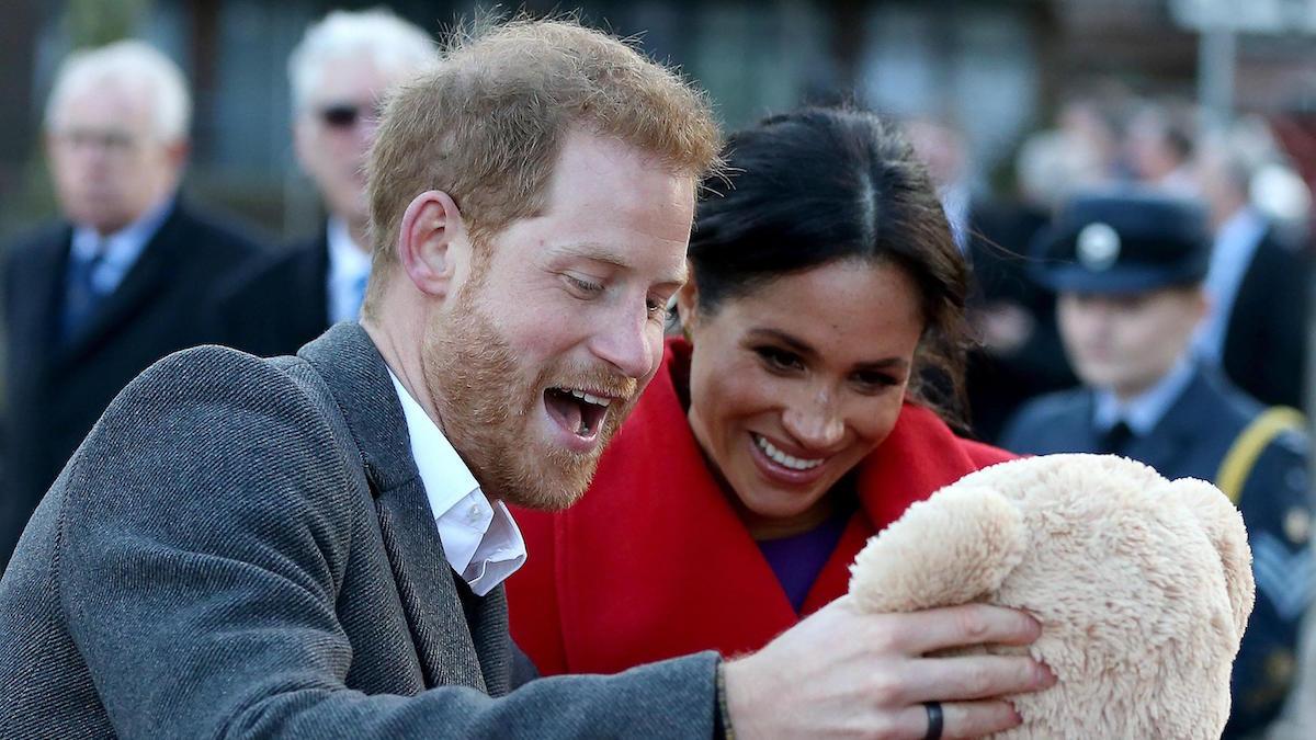 'Meghan Markle insopportabile': la regina Elisabetta II spinge per il divorzio?