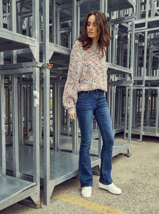 Jeans a campana a 24,95 euro