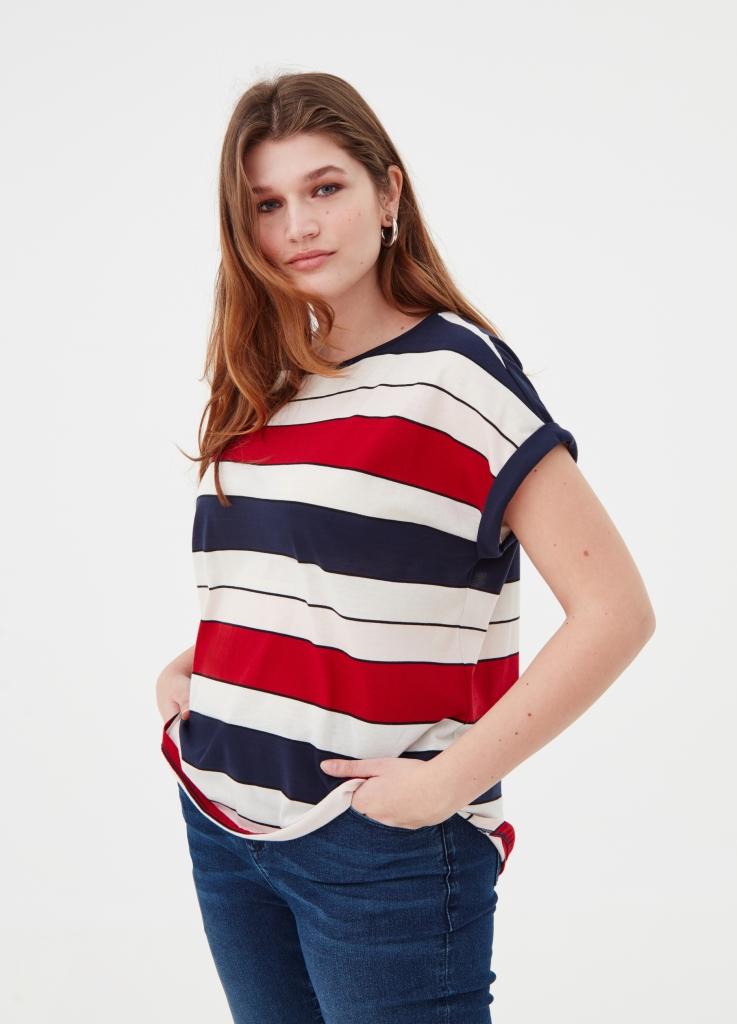 Moda curvy OVS, t-shirt a 14,99 euro