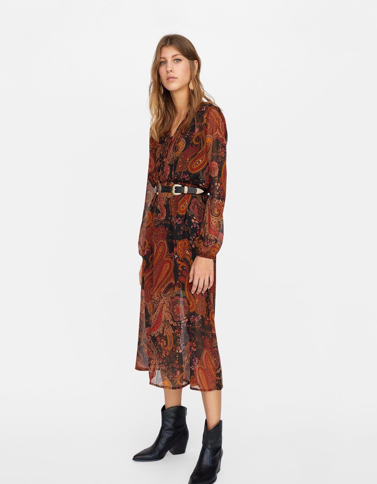 Vestito lungo con stampa paisley a 39,99 euro