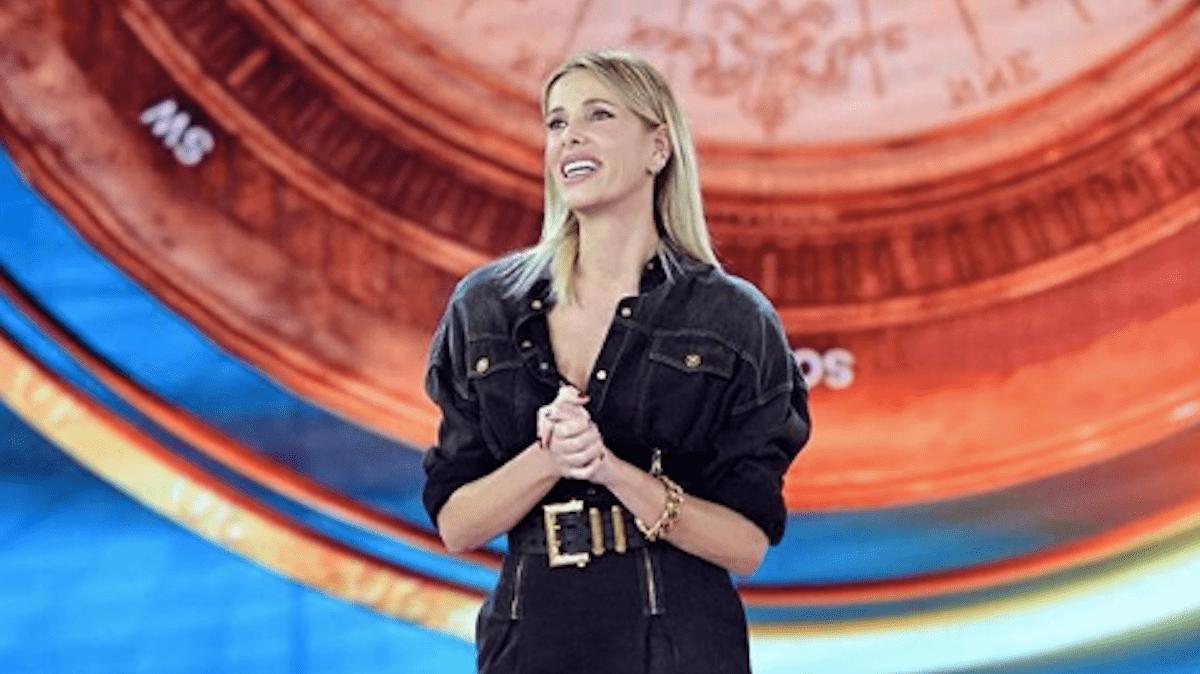 Isola dei Famosi 2019, Alessia Marcuzzi contro John Vitale: 'È una cosa gravissima'