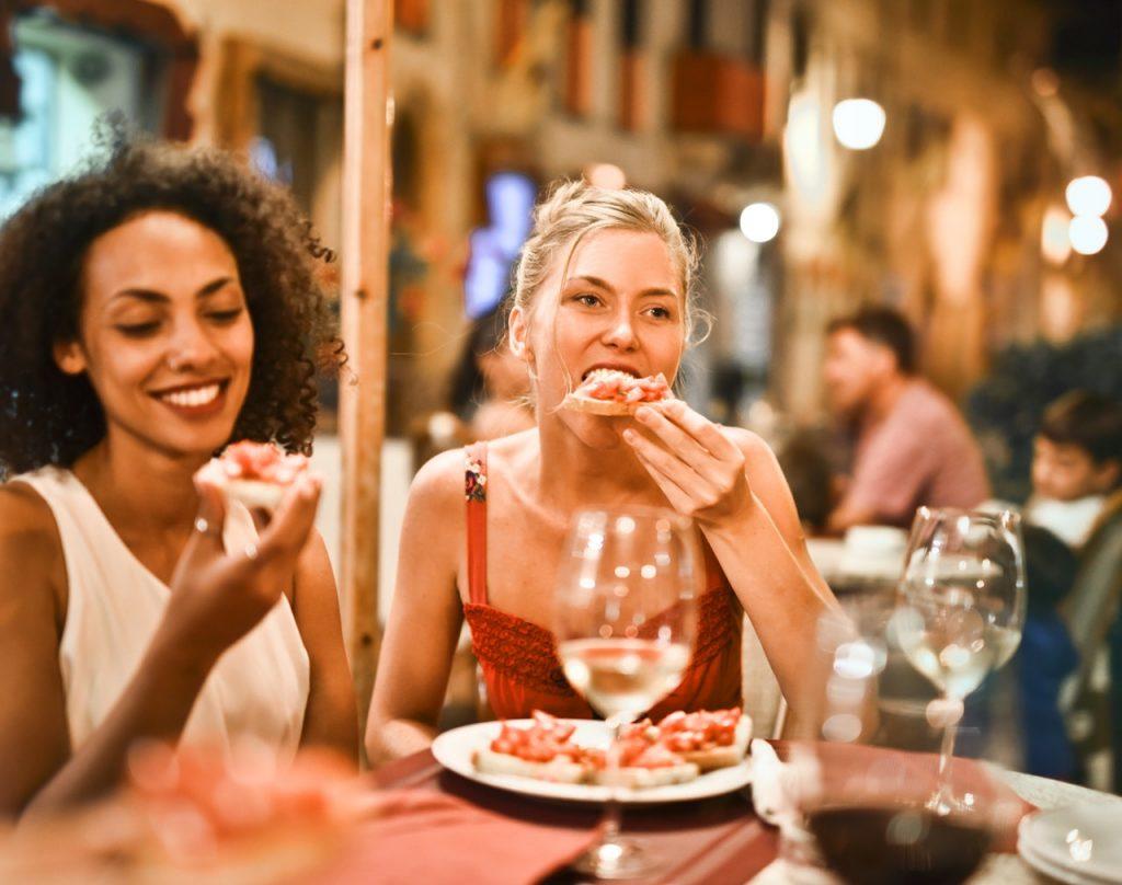 Cosa Cucinare Ad Agosto cena fredda estiva: consigli per fare bella figura con gli