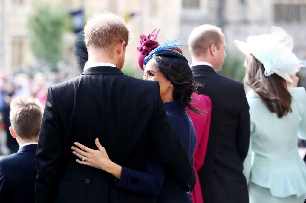 Meghan e Harry in uno sguardo d'intesa