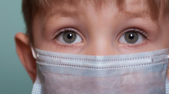 Coronavirus, quello che c'è da sapere per chi ha bambini