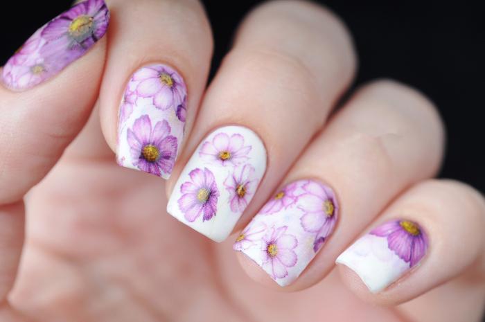 Decorazioni unghie per la primavera