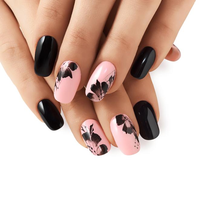 Decorazioni chic per le unghie