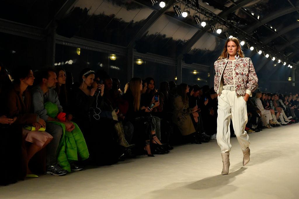 Quest'anno abbiamo visto tantissime volte sulle passerelle i balloon jeans. Ecco i modelli più belli!