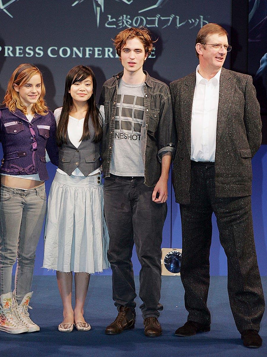 Robert Pattinson e Emma Watson con il cast del film su Harry Potter