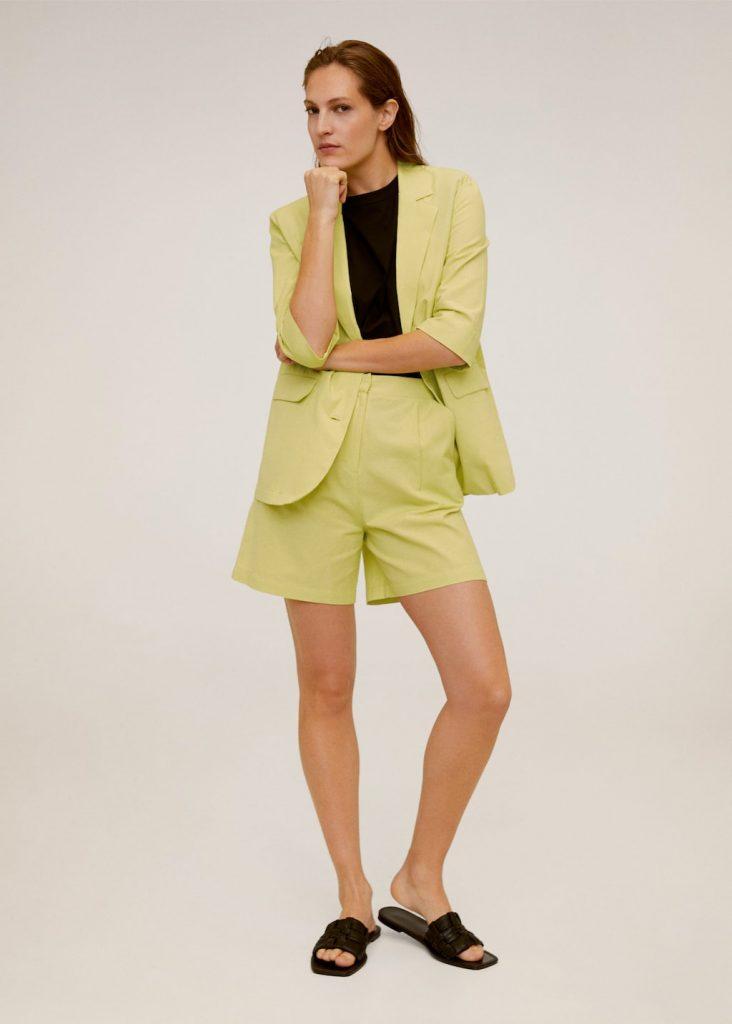 Blazer e pantalone corto giallo