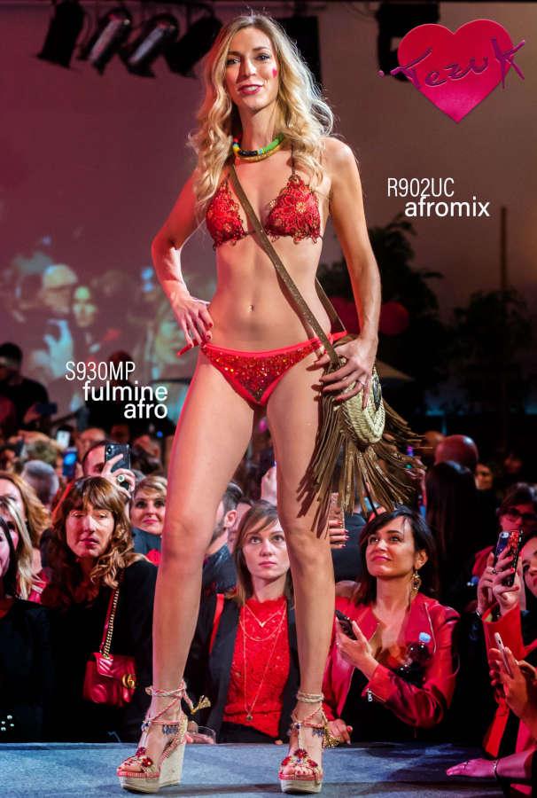 Bikini rosso