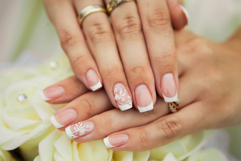 Unghie sposa french decorate