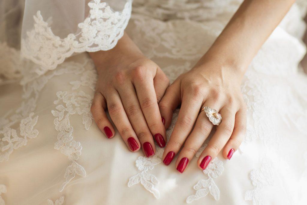 Unghie sposa rosse