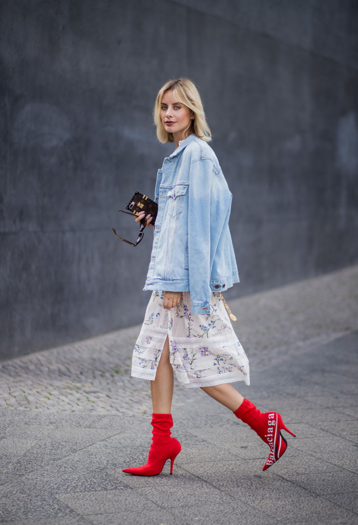 Look giacca di jeans oversize