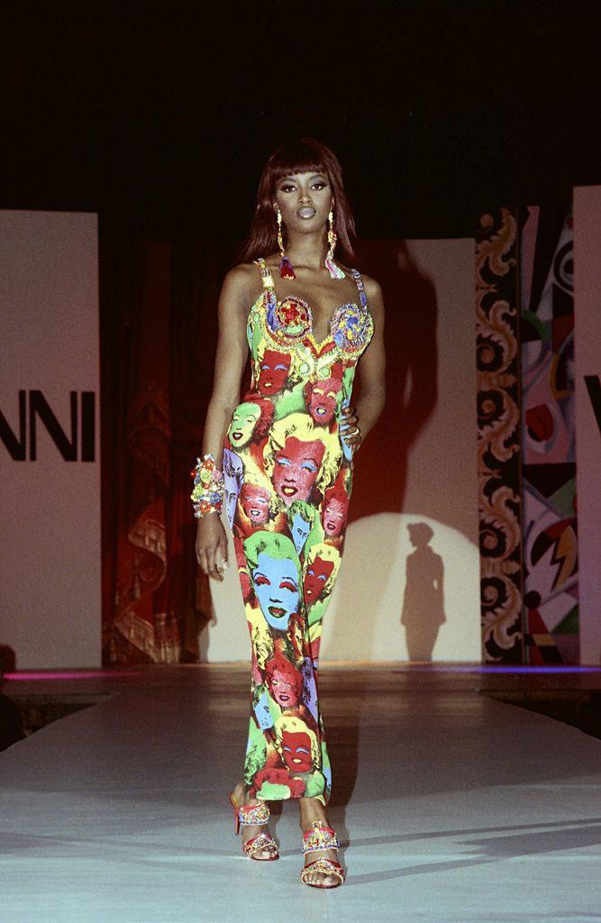 Naomi Campbell Versace anni '90
