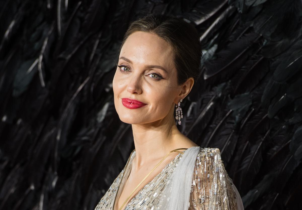 Angelina Jolie: confessa divorzio e perde milione