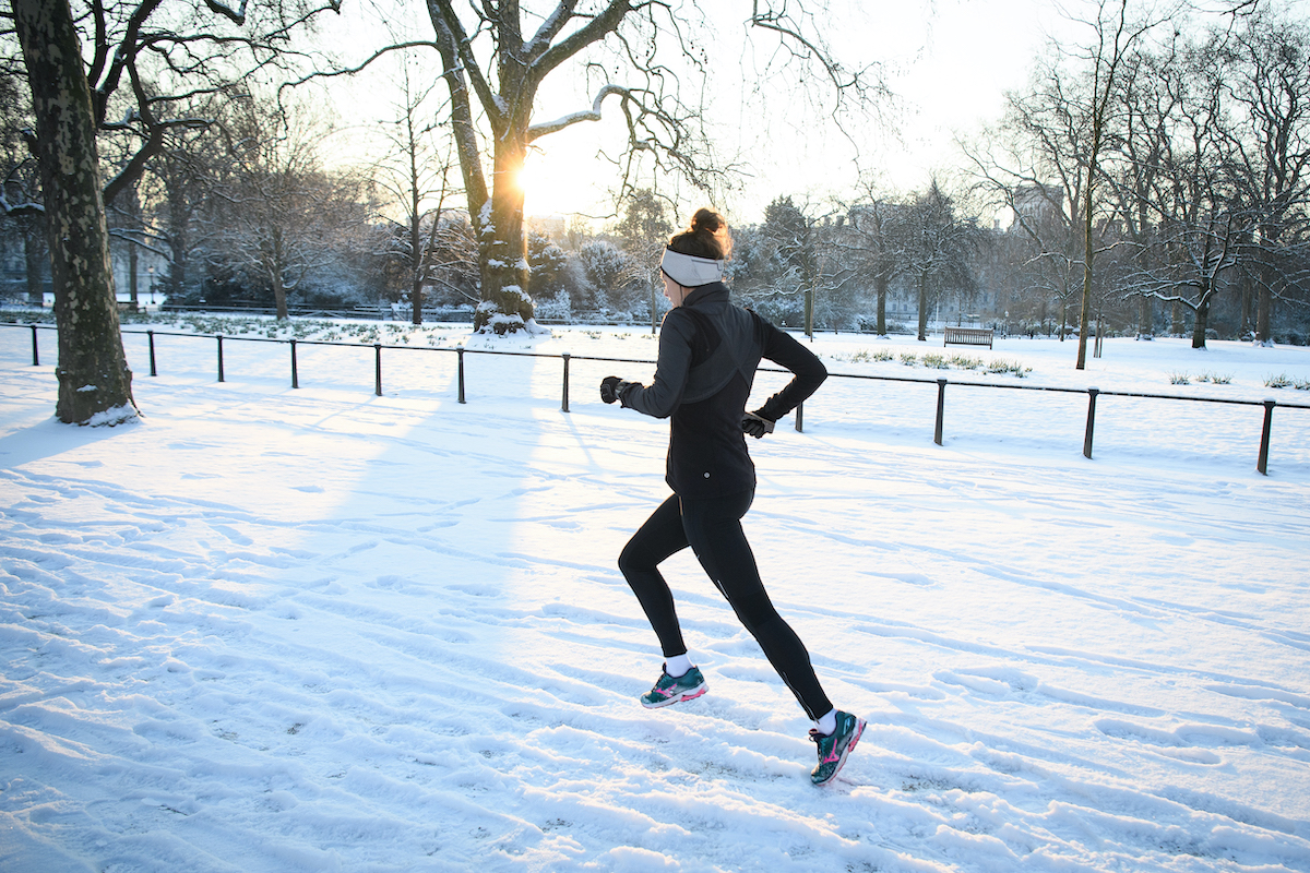 Correre d'inverno fa dimagrire di più grazie alla termogenesi