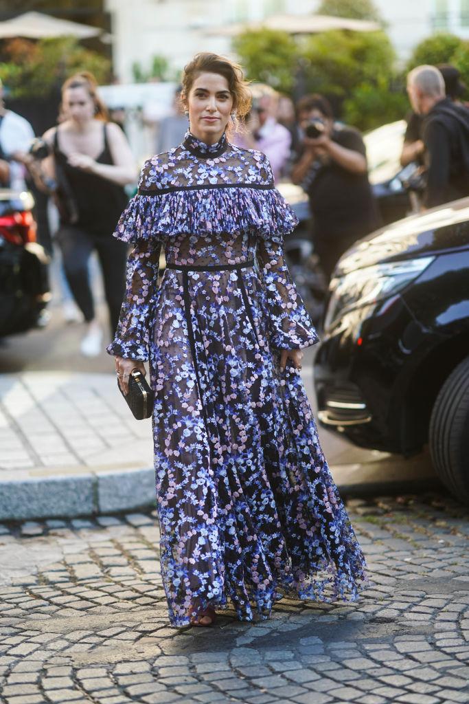 Look abito lungo stile vittoriano