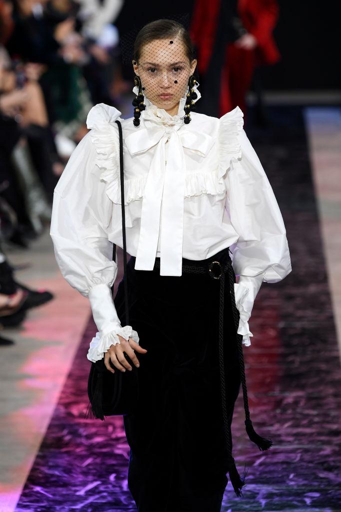 Look da copiare camicia stile vittoriano