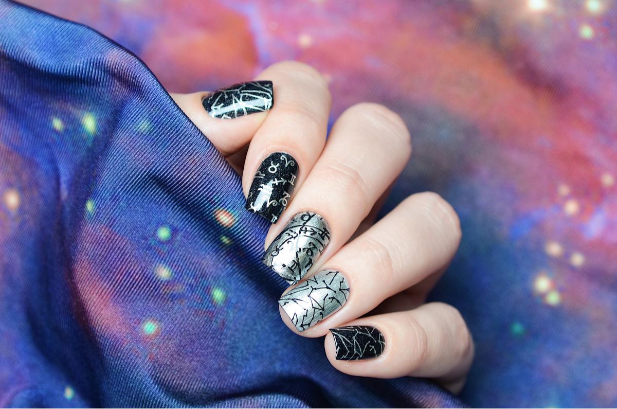 Unghie galaxy nails