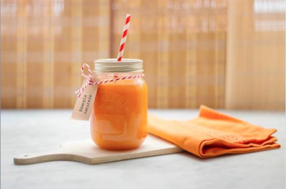 Centrifugato di carote e mele
