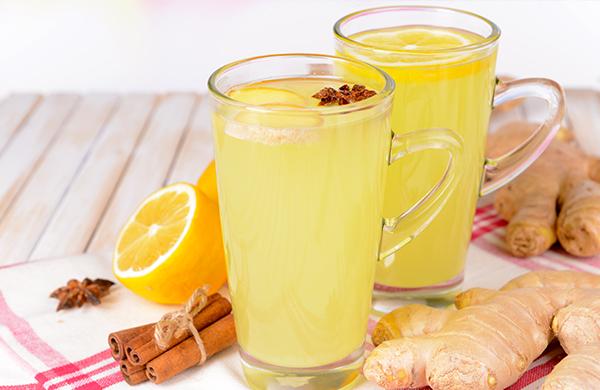 Drink con zenzero e curcuma
