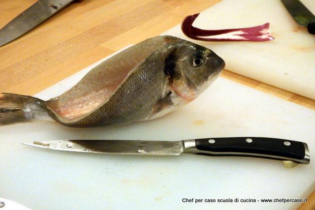 Eviscerare il pesce