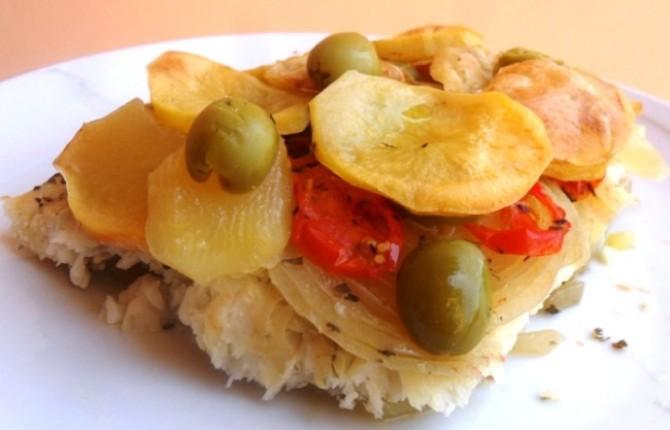 Filetti di platessa al forno con pomodorini e patate