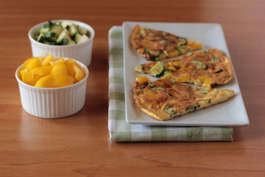 Frittata con peperoni e zucchine