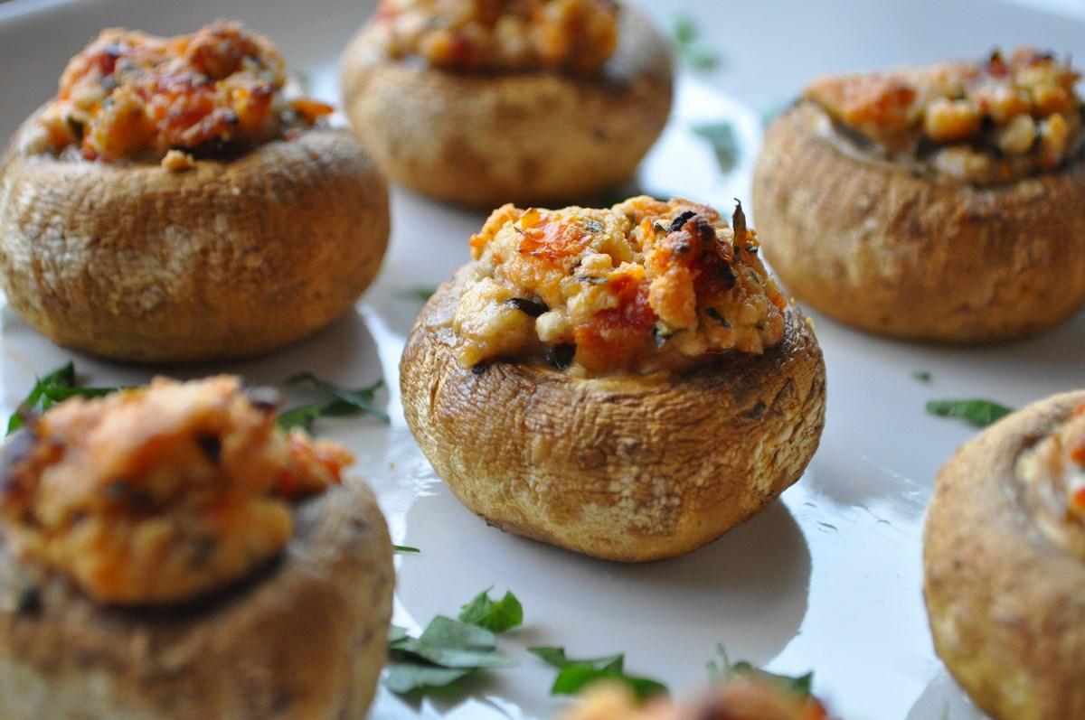 Funghi ripieni di formaggio