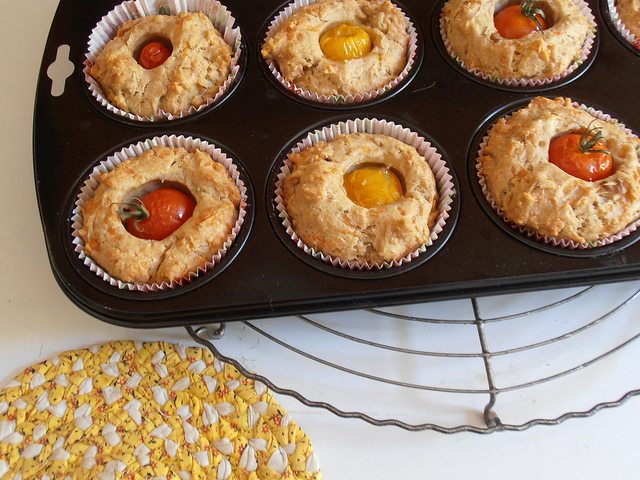 Muffin pomodorini e Emmental