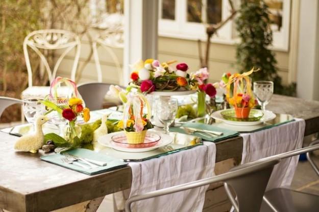 Pasqua tavola imbandita
