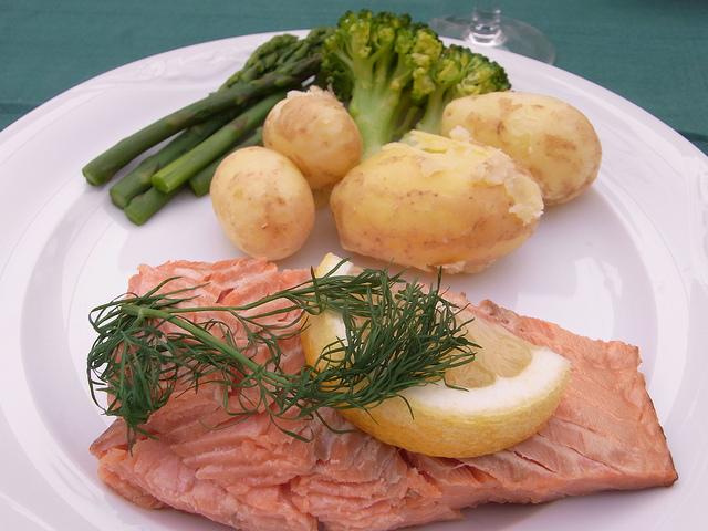 Patate con salmone affumicato