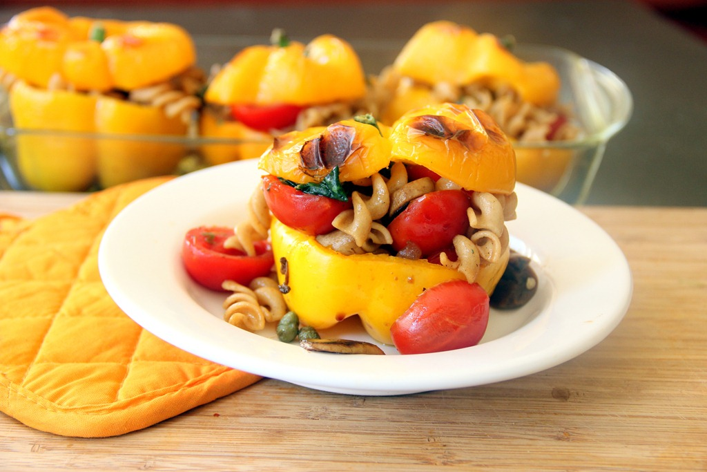 Peperoni ripieni con pasta
