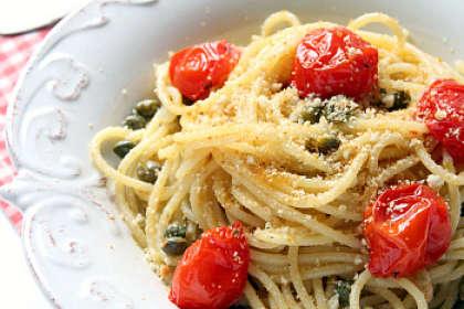 Spaghetti con pomodorini e bottarga