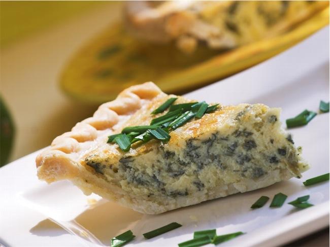 Torta rustica con ricotta e asparagi