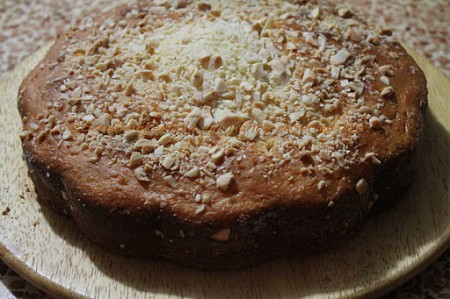 Torta di yogurt greco e mandorle con il Bimby