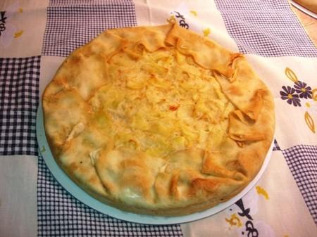 Torta baciocca a base di patate, cipolle e lardo