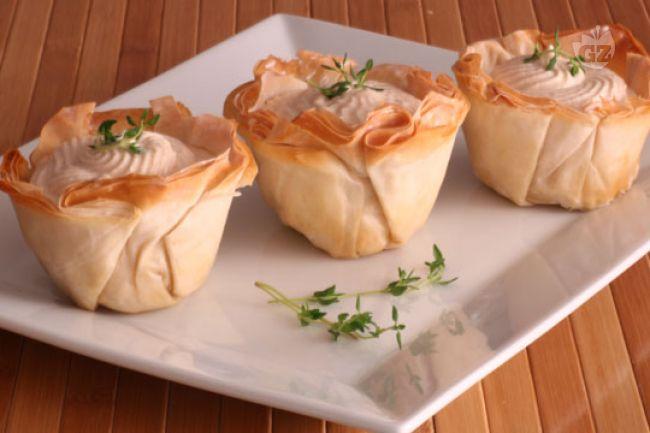 barchette in pasta fillo con mousse al tonno
