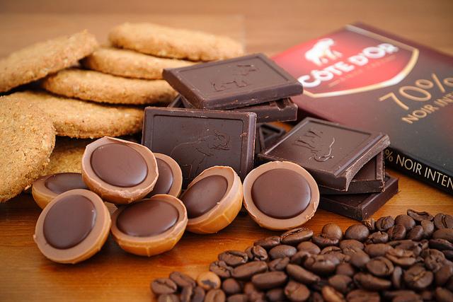 biscotti con caffè e cioccolato fondente ricetta